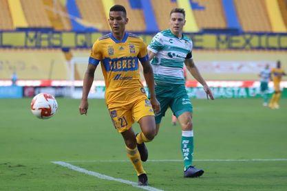 2-0. El uruguayo López anota en la victoria de Tigres UANL sobre Santos Laguna