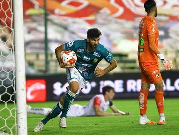 2-3. El argentino Gigliotti anota dos goles en el triunfo de León sobre Querétaro