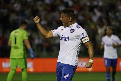 Bergessio y el 'Chory' Castro guían al Nacional a la cima del Apertura