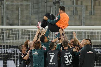 Claudio Pizarro nombrado nuevo embajador del Bayern Múnich