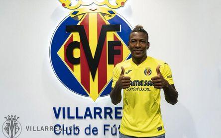 """Estupiñán: """"No me pensé ni un segundo venir al Villarreal"""""""