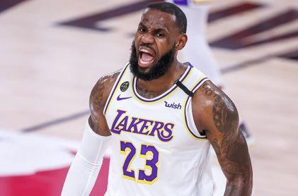 James establece marca con la decimosexta selección a un equipo 'All-NBA'