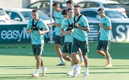 La afición del Betis suscribe las palabras de Pellegrini sobre Sanabria.