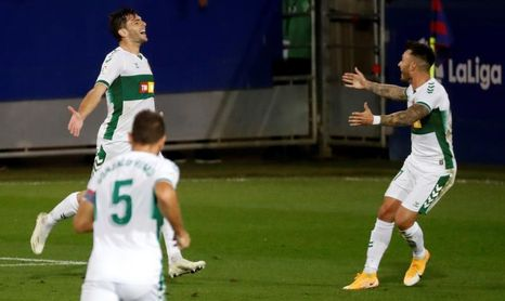 0-1. Boyé da los tres puntos al Elche ante un Eibar que falló un penalti