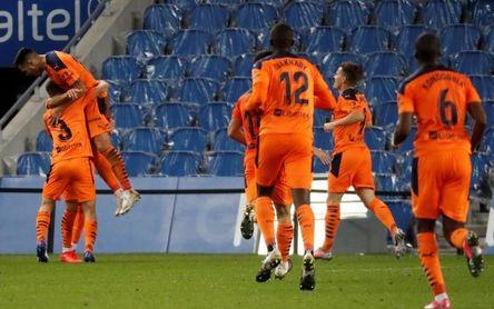 0-1. Domenech y Maxi Gómez dan el triunfo al Valencia en San Sebastián