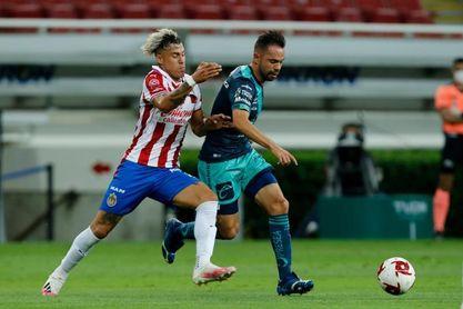 Calderón reconoce que el Guadalajara debe ser más constante en el Apertura