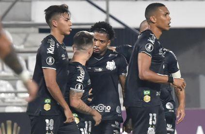 2-3. Santos se asegura el pase a los octavos de final al vencer a Olimpia