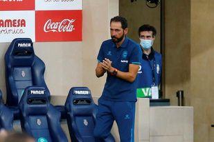 Machín recupera el 3-5-2 con Joselu y Garitano apuesta por Sancet y Córdoba