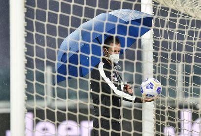 Juventus subraya que respetó reglas, pese a que Nápoles pidiera aplazamiento