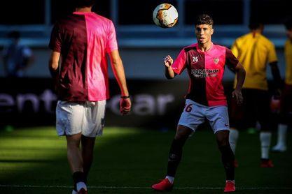 Pepe Mena rescinde con el Sevilla para fichar por el Banik Ostrava checo