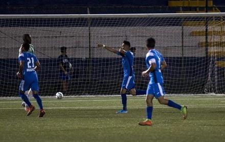 1-1. Honduras, con un hombre más, rescata un empate ante Nicaragua