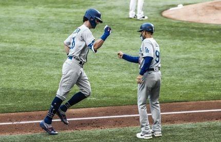 15-3. Los Dodgers recortan ventaja a los Bravos