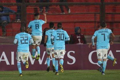 Un gol del ecuatoriano Corozo le quita invicto a la U del argentino Comizzo