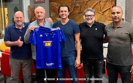 Luiz Felipe Scolari, al rescate de un histórico a punto de caer a Tercera
