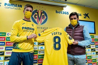 """Juan Foyth: """"Estoy muy feliz por la decisión de venir a este club"""""""