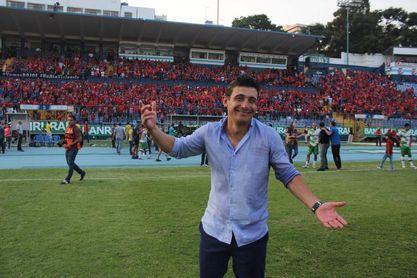Un gol del argentino Ramiro Rocca mantiene líder al Municipal en Guatemala