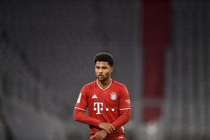 Gnabry, positivo por COVID-19, baja en el Bayern