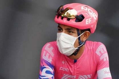 El colombiano Daniel Martínez, lesionado, se retira de la Vuelta