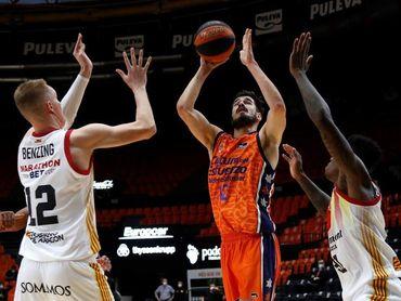 93-84. Kalinic despierta al Valencia que remonta 21 puntos ante el Zaragoza