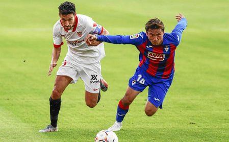 Jesús Navas, durante el partido contra el Eibar.