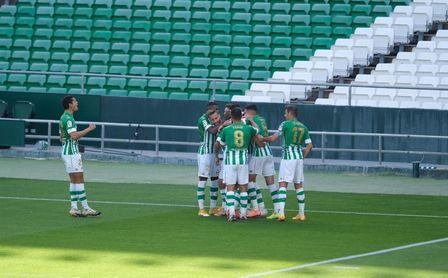 Real Betis-Elche (3-1): Brillante regreso a la buena senda, con Tello desatado