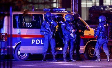 Atentado terrorista en Viena: al menos 4 muertos y 15 heridos graves