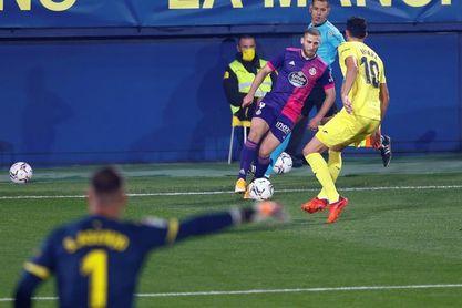 El Villarreal vence 2-0 al descanso al Valladolid