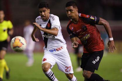 0-0. Vasco enfrentará a Defensa y Justicia en los octavos de la Sudamericana