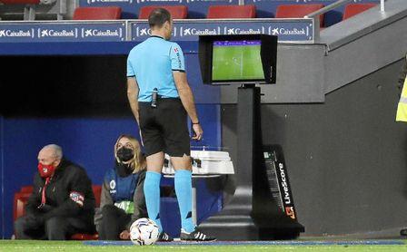 Ya se conocen los árbitros para la jornada 9 en Primera división.