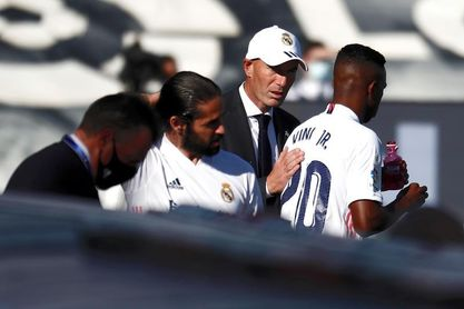 """Zidane: """"Isco tiene que seguir trabajando"""""""