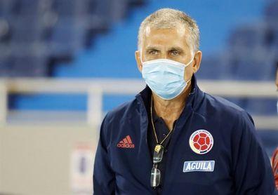 """Queiroz dice que para él será """"un honor muy grande"""" enfrentar a Oscar Tabárez"""