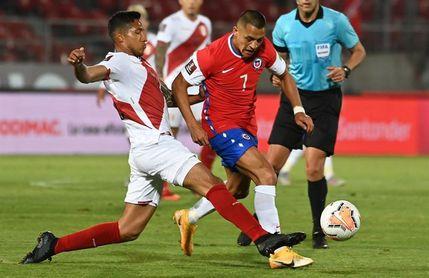 2-0. Chile consigue su primer triunfo rumbo a Catar y deja malherida a Perú