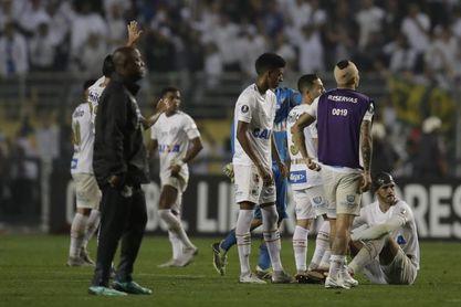 Un Santos con covid frena al Inter y el Mineiro lidera en Brasil