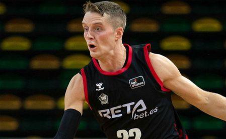 El Betis-Bilbao Basket se retrasa al domingo por el positivo de Hakanson.
