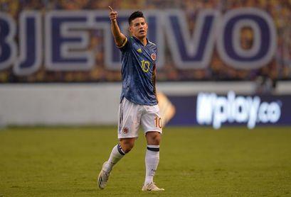 """James niega """"malos tratos, agresiones o disputas"""" en la selección colombiana"""