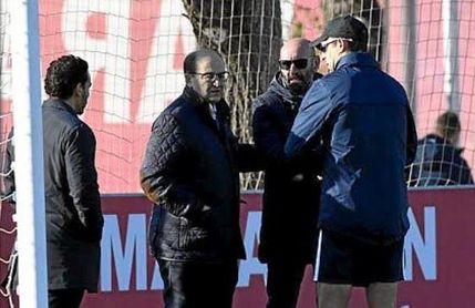 José Castro, junto a Monchi y Lopetegui en la ciudad deportiva del Sevilla F.C.
