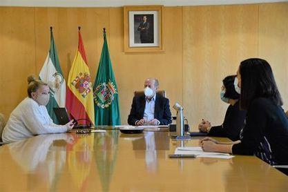 Castilleja de Guzmán plantea a la Diputación infraestructuras deportivas para la localidad