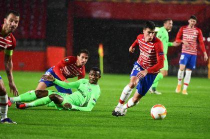 2-1. Granada no falla ante el Omonia y pone pie y medio en la siguiente fase