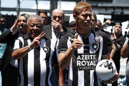 Botafogo rescinde contrato con técnico argentino Ramón Díaz antes de su debut