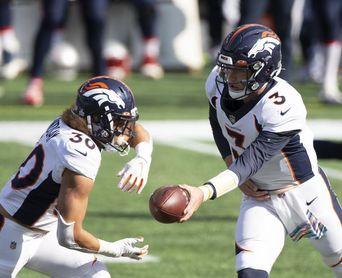 27-32. Lock manda cuatro pases de anotación en victoria de los Broncos