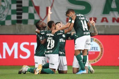 Un Palmeiras invicto y con su técnico de vuelta busca avanzar a semifinales