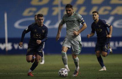 Una acción de Joaquín, ovacionado, da vida al proyecto en Copa