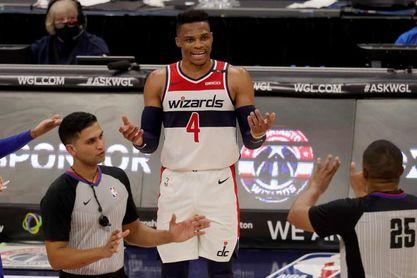 Westbrook, debut triunfal con Wizards; ganan Magic y Hawks