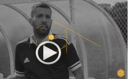Jordi Alba se cabrea en una inocentada al presentador de Fútbol Emotion