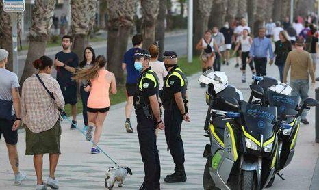 Andalucia vuelve a las cifras de los cierres y las restricciones