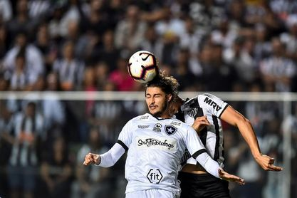 Exjugador del Botafogo admite haber atropellado a peatón que murió
