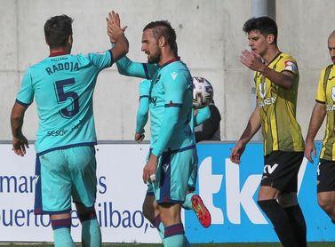 1-2. Sergio León clasifica al Levante en el descuento el día de su cumpleaños