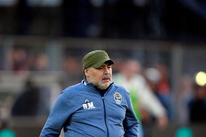 La Justicia pide datos por la herencia de Maradona a su abogado y a cinco países