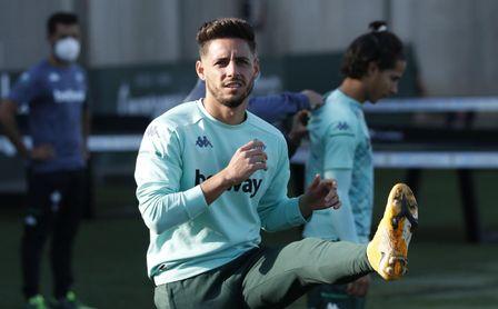 Pellegrini recupera a Álex Moreno para Huesca.