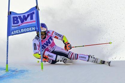 Alexis Pinturault repite triunfo en Adelboden y refuerza su liderato